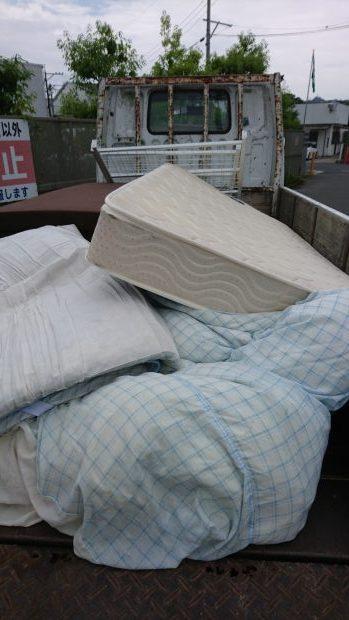 広島市西区で寝具の回収処分 施工事例
