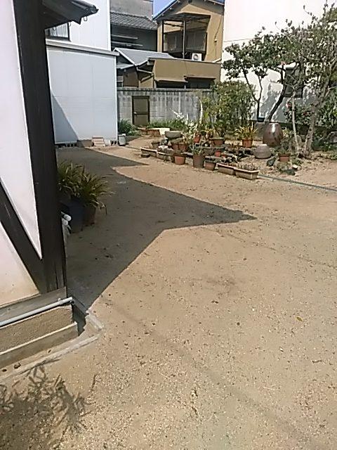 福山市紅葉町で軽トラック1台程度の剪定後の枝の回収 施工事例紹介